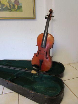 Dachbodenfund Uralt Geige Violine Geteilter Rücken Im Kasten Bild