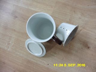 Japanische Teetasse Porzellan Tasse Teesieb Deckel Japan Asiatika Signiert Text Bild