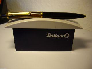 Kugelschreiber Pelikan Braun Gestreift In Bild