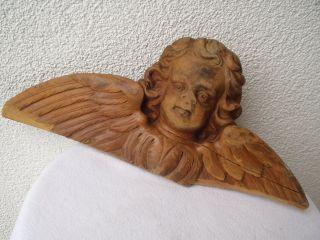 Alter Großer Engel/putto Mit Flügel Alles Aus Holz Geschnitzt Zum Aufhängen Bild