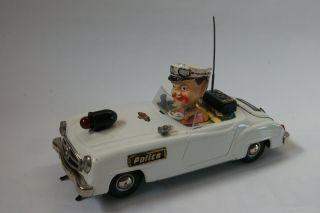 Gama 104 Wendemercedes Polizei Bild