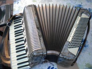 Akkordeon Hohner Organola 140 Bässe Mit Koffer Und Gurten,  Vierchörig Bild