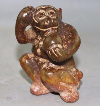 Chinese Jade Carved Jade Monkey Statue Bild