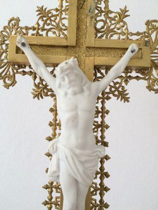 Hübsches Kruzifix Goldfarben Jesus Kreuz Religion Stehkreuz Holz Inri Antik Bild