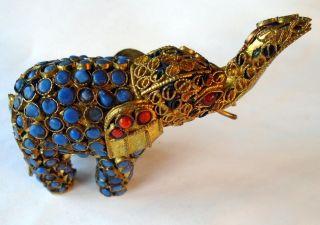 Elefant Nepal Filigrane Ornamente Schmucksteine Rot Und Türkis 1984 Bild