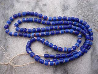 Strang Venetian Trade Beads,  Sehr Kleine Venezianische Handelsperlen Chevron Bild