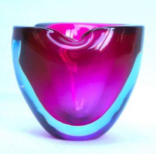 Pfeifenascher,  Muranoglas,  Mundgeblasen Mit Transparent/blaurotem Glas.  (m28) Bild