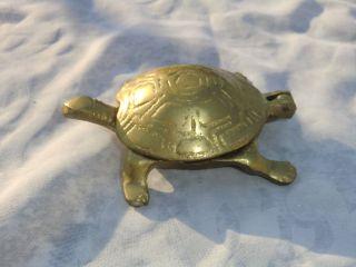Massiver Messing Aschenbecher Schildkröte Aufklappbar Bild