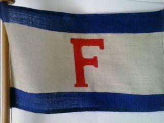 Tischflagge Mit Stander Reederei Fritzen & Co. ,  Emden Bild