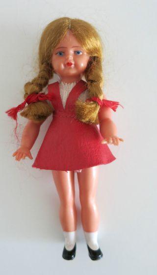 Nr.  Sp49 Kleine Puppenstuben - Puppe Ca.  1960/1970 Bild