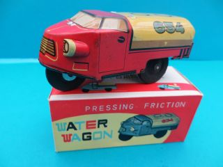 China 654 Water Wagon Pressing Friction 3 Wheeler Drei - Rad Vintage Tin Toy Boxed Bild