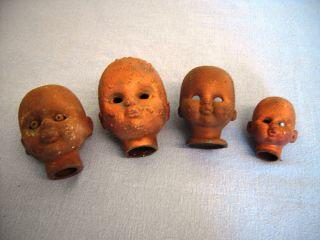 Gußformen Für Puppenköpfe In Verschiedenen Gößen Bild