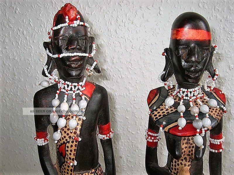 Schöner Afrikanisches Massai Krieger Mit Frau - Holzfiguren Holzarbeiten Bild