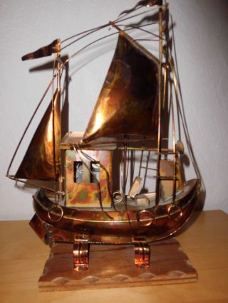 Segelschiff Kupfer Mit Spieluhr Zum Aufziehen Bild