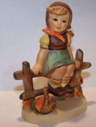 Goebel Hummel 112 3/0 Göbel M.  J.  Just Resting Kurz Erholen Germany Figurine Bild