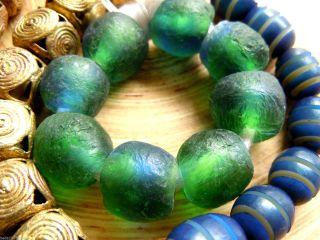 Neue Afrikanische Krobo - Perlen In Smaragd - Grün M.  Blau - Ca.  13 - 14mm - 8stk.  - Bild