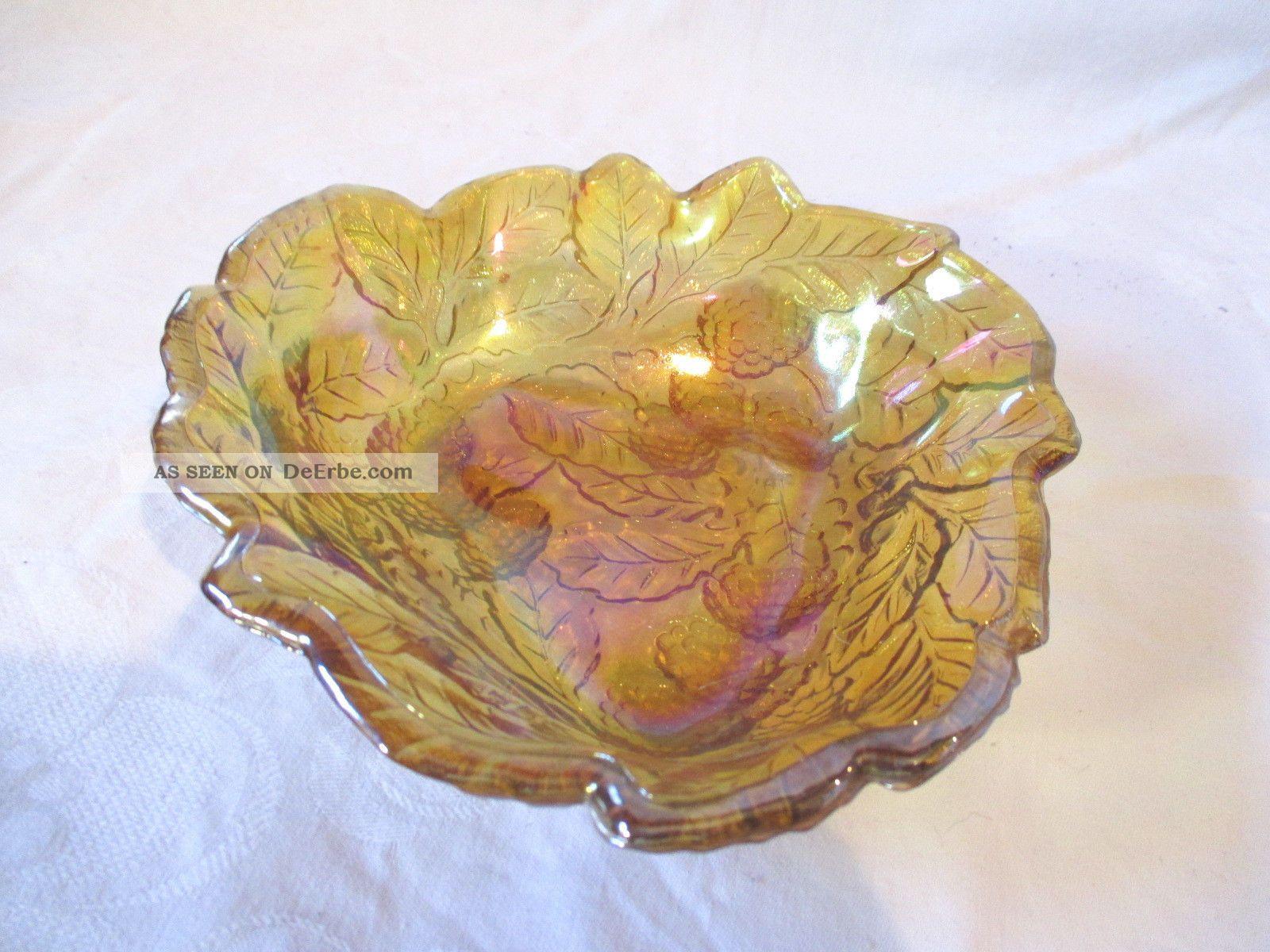Wunderschöne Alte Zierschale Glasschale Schimmerndes Farbglas Mit Trauben Reben Sammlerglas Bild