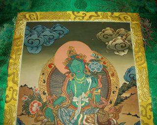 Wunderschöner Feiner Thangka Aus Nepal: Grüne Tara In Brokat 83x45 Cm Bild