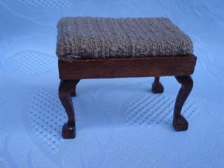 Chippendale Sitzhocker 40031 Mini Mundus/ Mahagoni Lackiert / 1:12 Bild