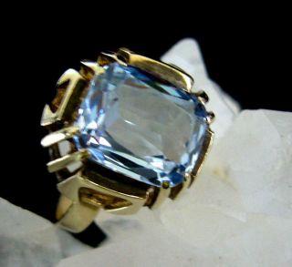 Toller Ring,  Gold Punze 333,  Mit Hellblauem Stein Bild