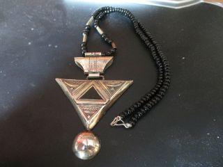 Ältere Kette Mit Amulett Der Tuaregs Marokko Bild