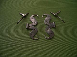 Antike Türbänder,  Eisenbänder,  Beschläge (um 1700) Bild