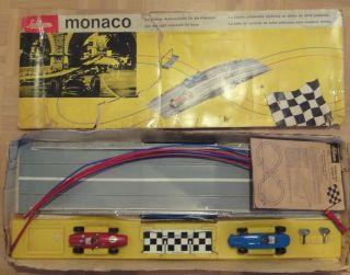 Schuco Monaco,  Sehr Seltene Rennbahn Mit Autos Mit Uhrwerkmotoren Bild
