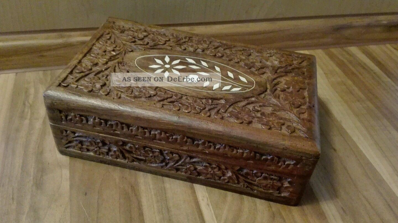 Altes Holzkästchen Mit Intasien Schmuckkästchen Holz Schatulle Holzarbeiten Bild