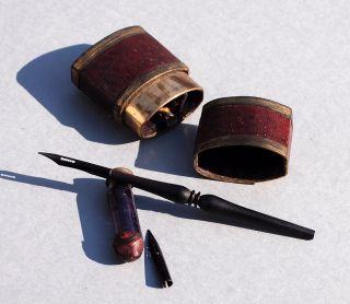 Rarität: Reiseschreibset,  Feder,  Federhalter,  Kleiner Tintenbehälter,  Um 1850 Bild