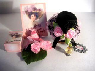 Schwarz - Rosa Hut,  Beiwerk Für Puppe,  Modeladen,  Puppenhaus 1:12 Bild