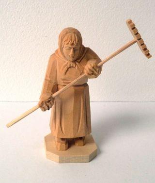 Holzfigur Frau Reschen 10cm Handgschnitzt Schnitzerei Bild