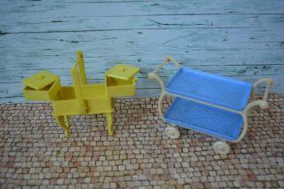 Alter Teewagen Und Nähkasten Für Puppenstuben 50er Kunststoff Bild