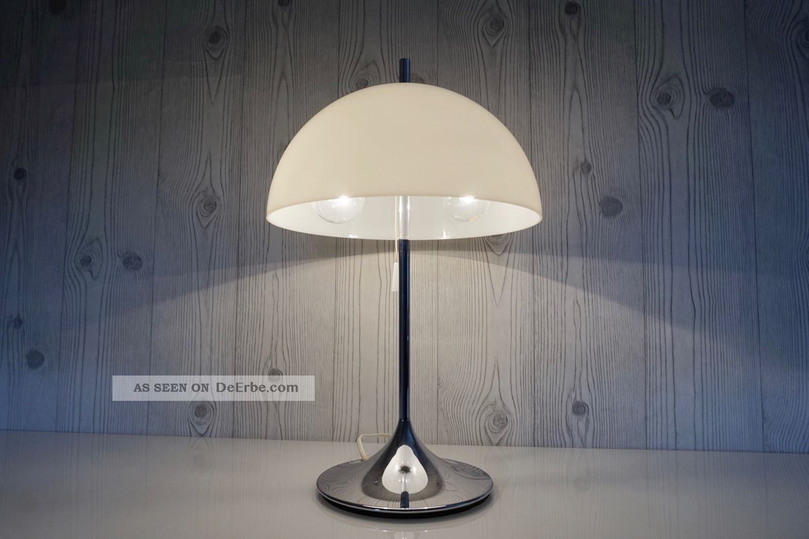 Wila tulip lampe chrom tulpenfuss design panthella for Lampen 70er stil