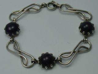 Sehr Schönes Altes 60er Jahre Armband Aus 835 Silber Mit Amethyst Bild
