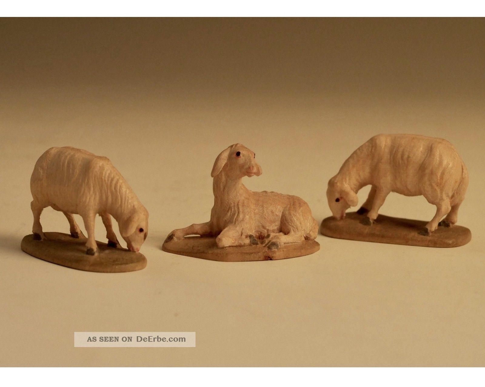 Krippenfiguren - Schafe - äsend Und Liegend Holzarbeiten Bild