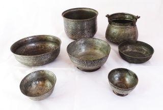 Großes Konvolut Antiker Orientalischer Gefäße Mit Herrlichen Verzierungen Metall Bild