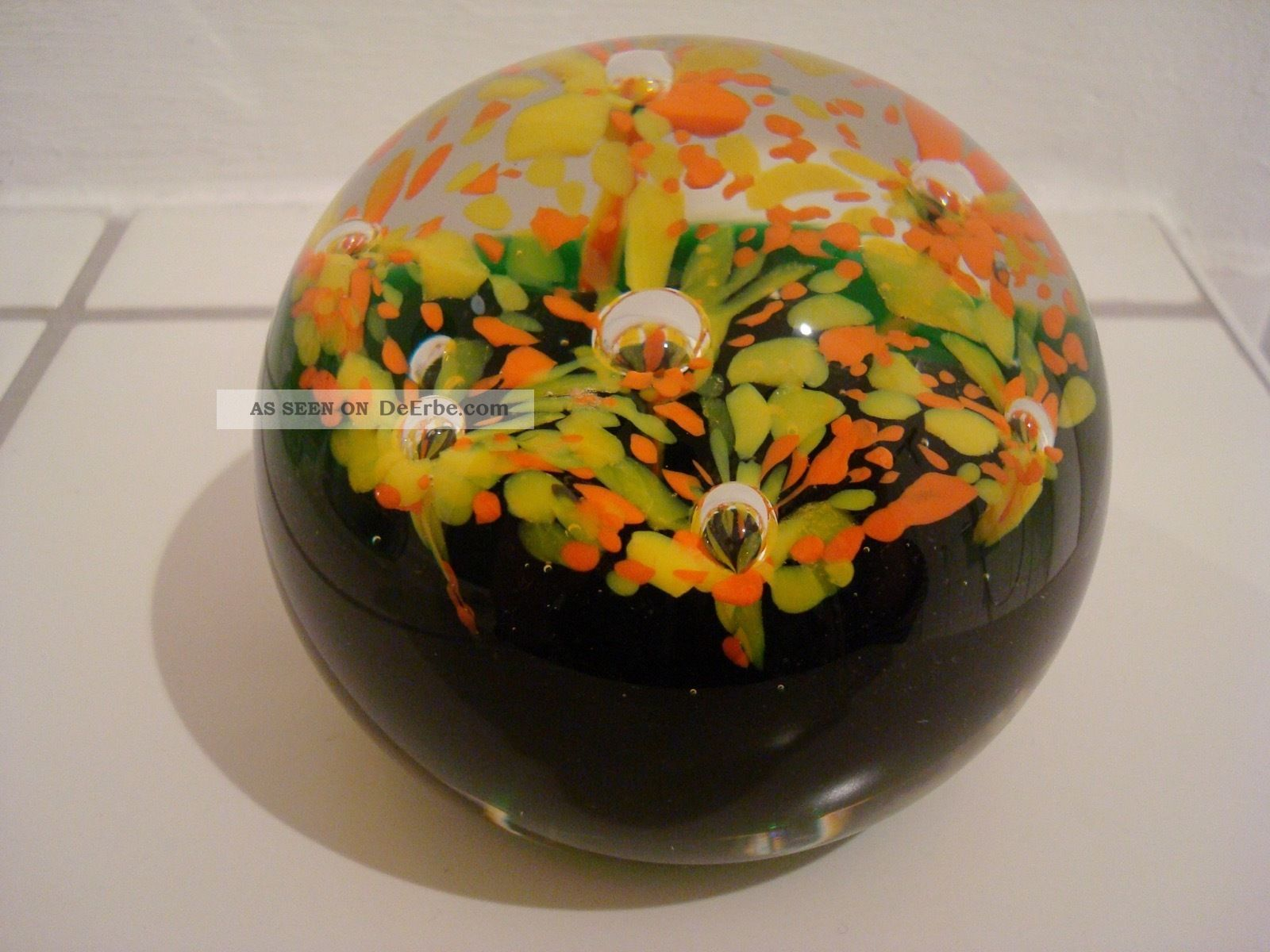 Paperweight Briefbeschwerer Klassisches Design In Ungewöhnlichen Farben Dekorglas Bild
