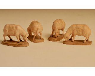 Krippenfiguren - Schafe - äsend - Holz Bild