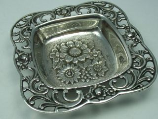 Sehr Schöne Massive Schale Mit Blumendekor Aus 800 Silber Bild