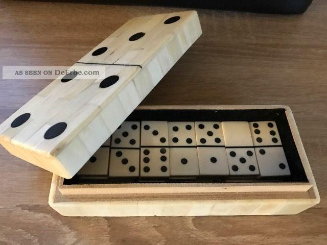 Nostalgie Antik Stil Domino Spiel Aus Knochen Gefertigt nach 1945 Bild