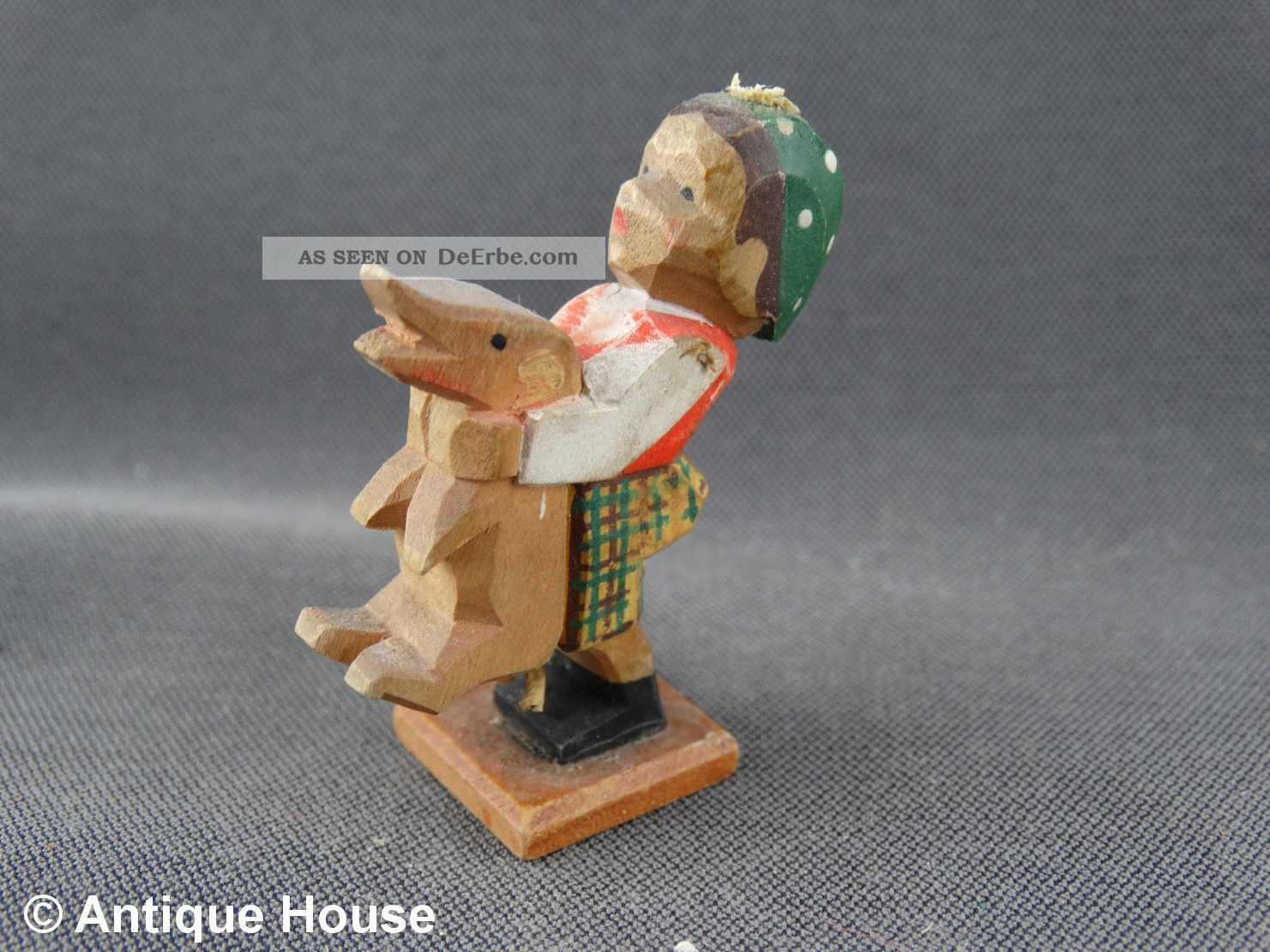 Erzgebirge Volkskunst Holzfigur Emil Helbig Junge Mit Schwein Ferkel Grünhainich Objekte nach 1945 Bild