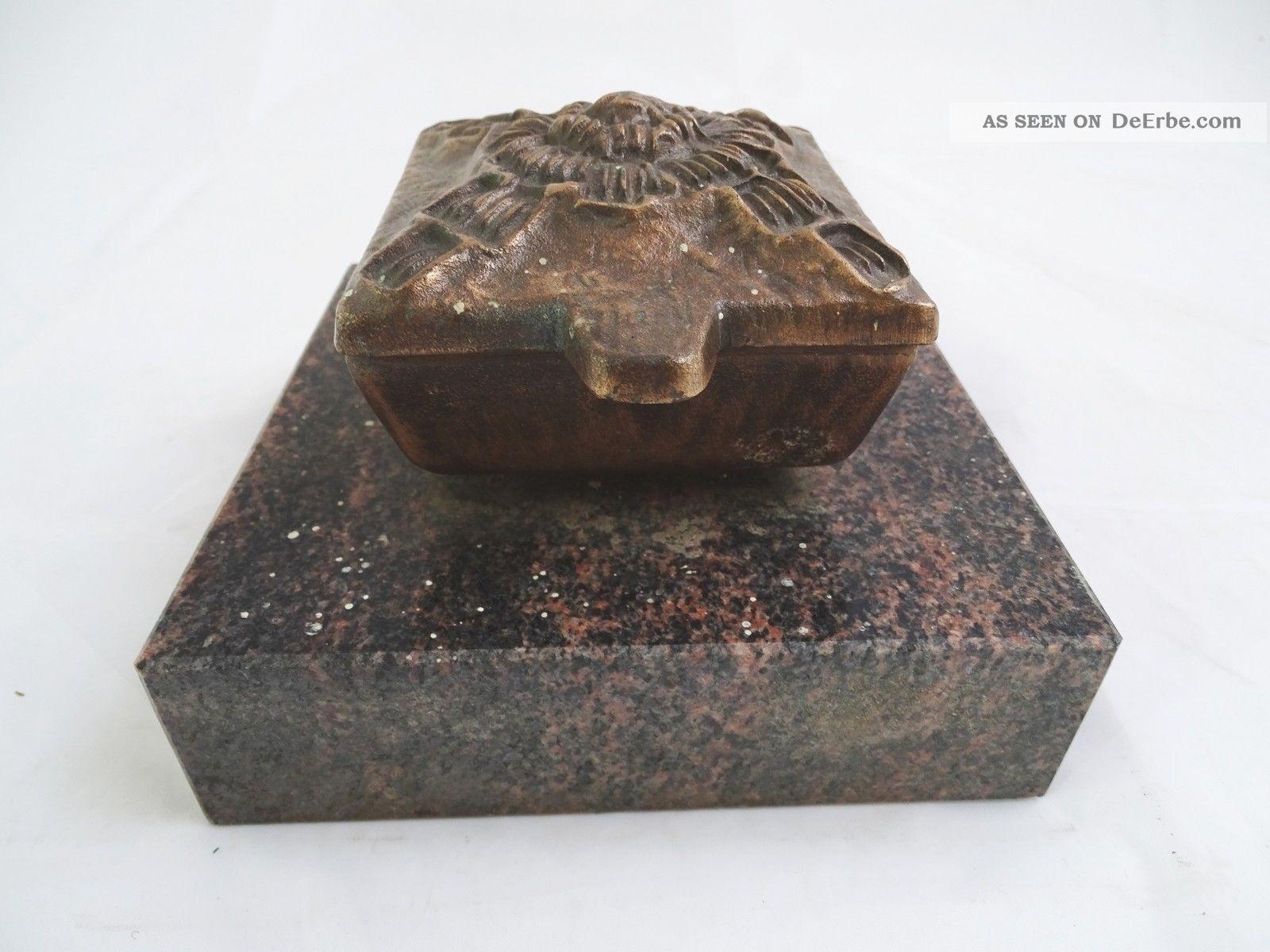 Massive Weihwasser Schale Spender Wohl Bronze Auf Sockel Wohl Marmor Grabschmuck Religiöse Volkskunst Bild