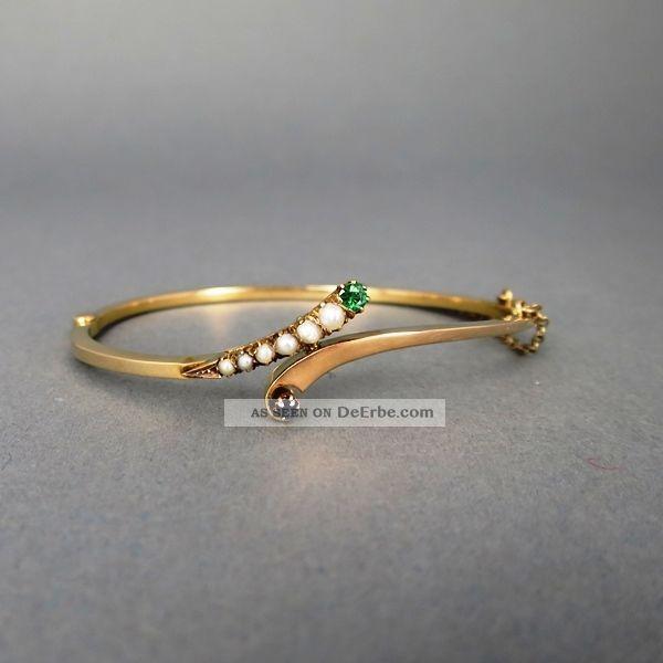 Antiker Goldener Armreif Mit Perlen Und Edelsteinen Schmuck nach Epochen Bild