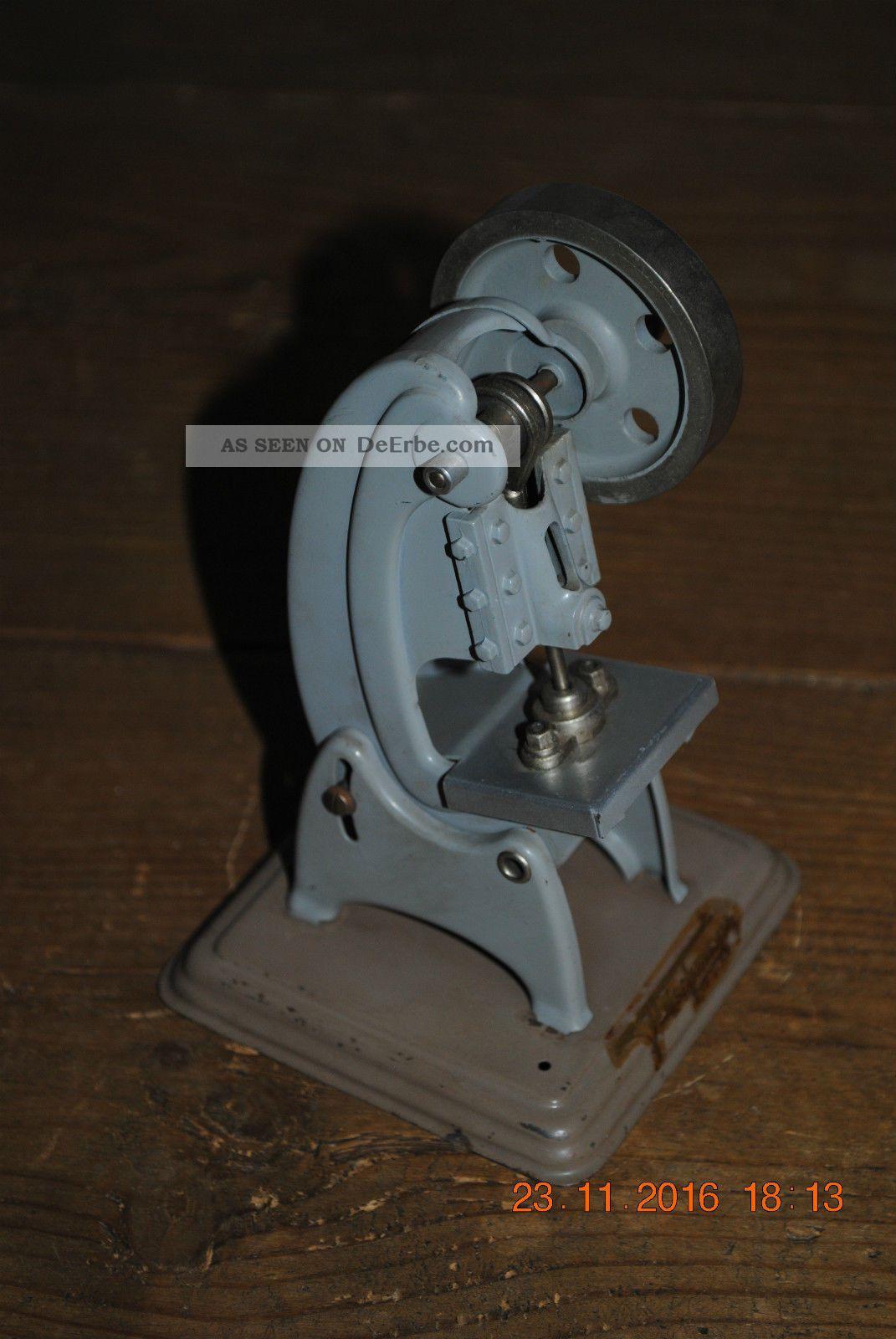 Alt Stanze Dampfmaschine Antriebsmodell Fleischmann Märklin Blechspielzeug Top Gefertigt nach 1945 Bild