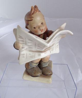 M.  J.  Hummel - Der Zeitungsleser - Nr.  184 Germany - 13,  5 Cm Bild