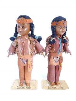 Paar Heritage Dolls Reservation Crafted Sioux Indianer Puppen Figuren Echt Leder Bild