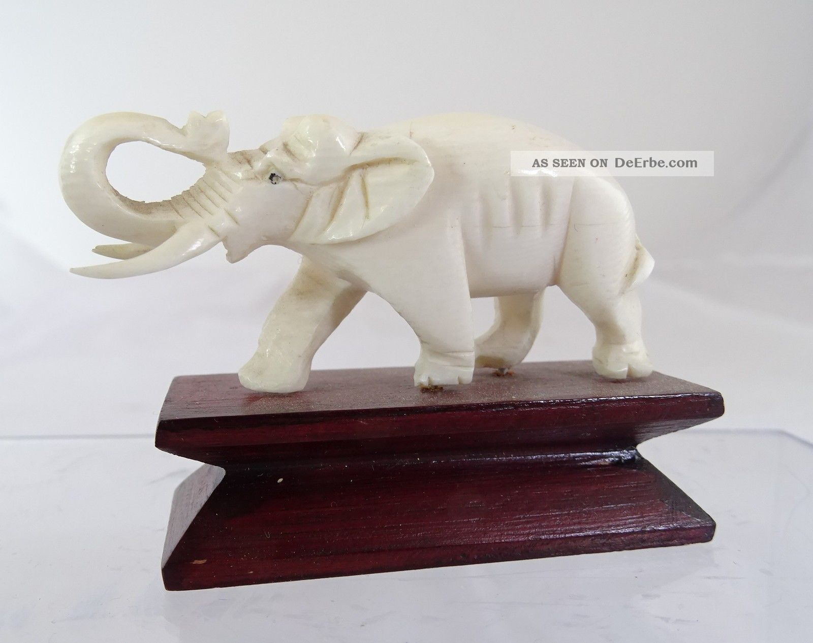 Elefant Aufwendige Handarbeit Schnitzarbeit Bein Auf Holzsockel Beinarbeiten Bild