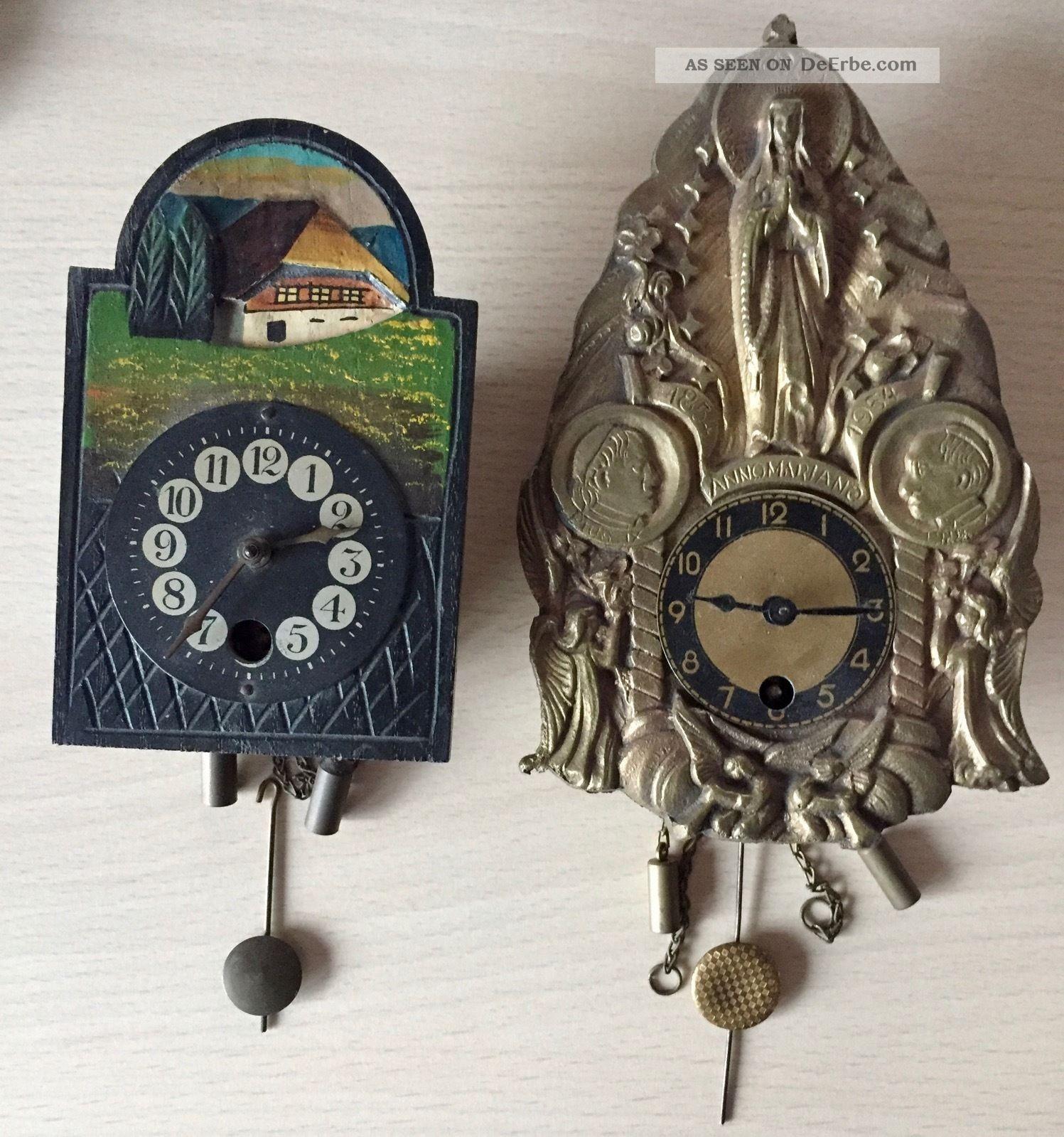 zwei antike kleine mineatur wanduhren mit mechanischen. Black Bedroom Furniture Sets. Home Design Ideas