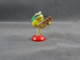 Erzgebirge Holzfigur Frosch Mit Musikinstrument Bild