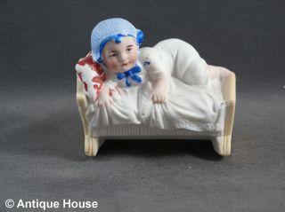 Zierporzellan Figur Thüringen Kind In Wiege Modell 1557 A Bild